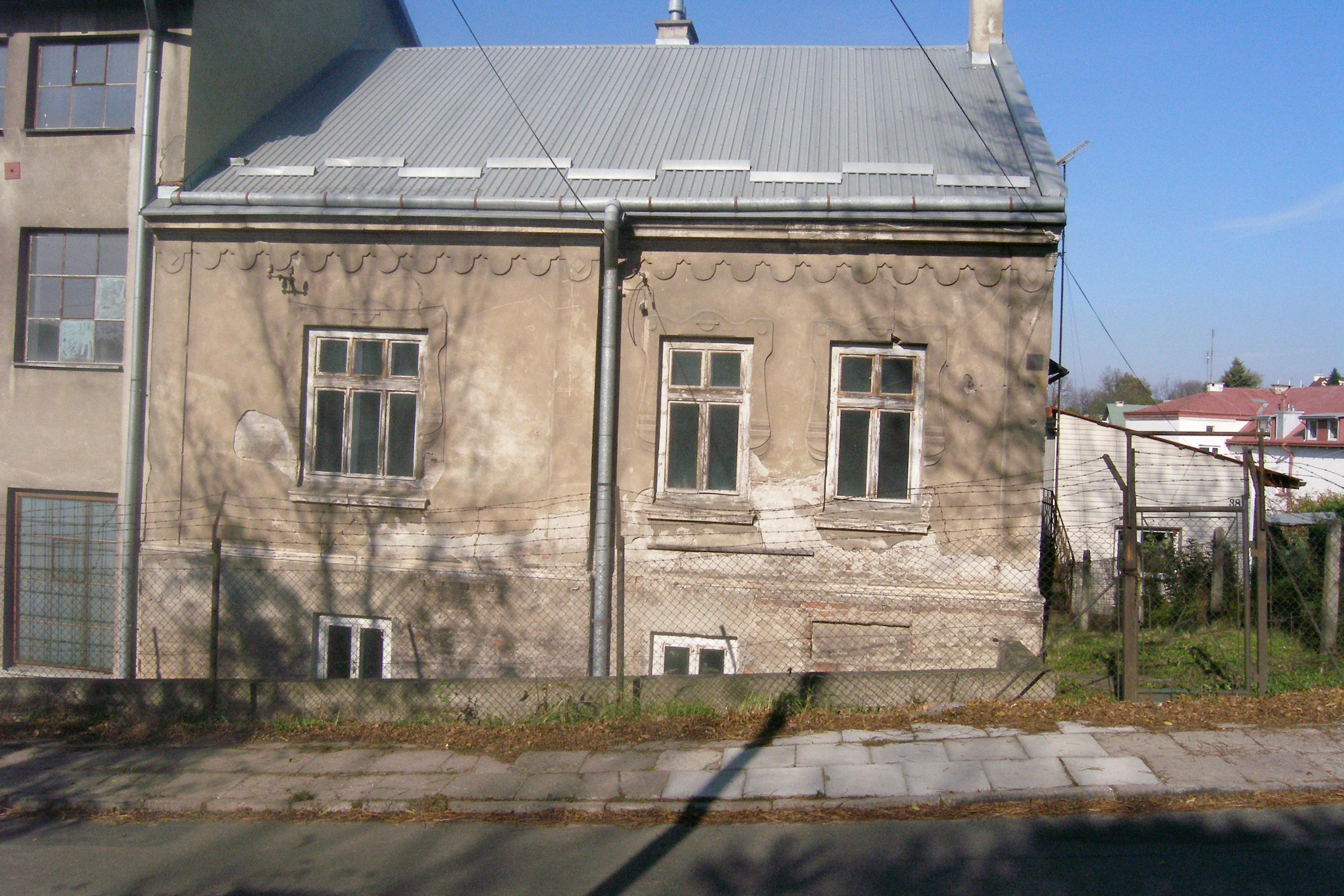 Budynek mieszkalny – widok od ulicy